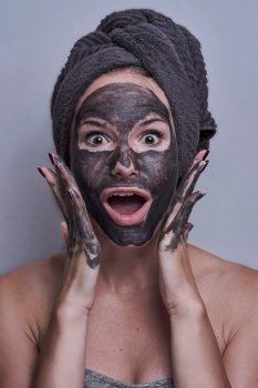 migliorare la pelle con Black Mask