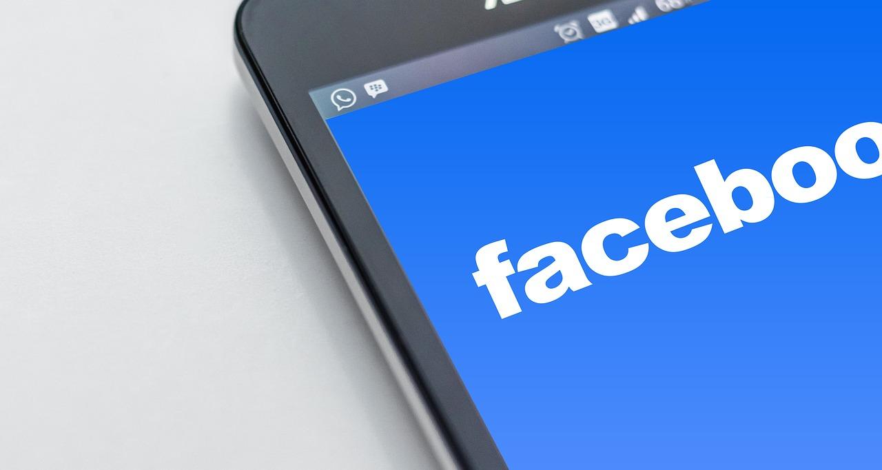 Come scegliere la foto da mettere come profilo su facebook