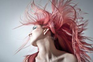 donne: rimedi naturali per prevenire la caduta dei capelli