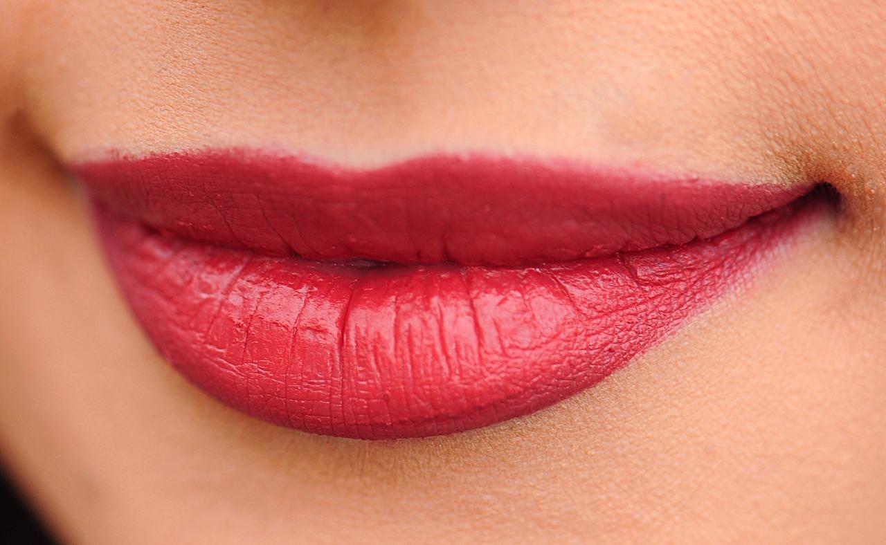 Candy Lipz per aumentare il volume delle labbra: recensione, forum, prezzo