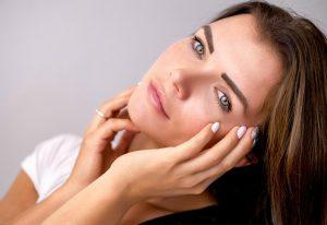 consigli per curare la pelle grassa