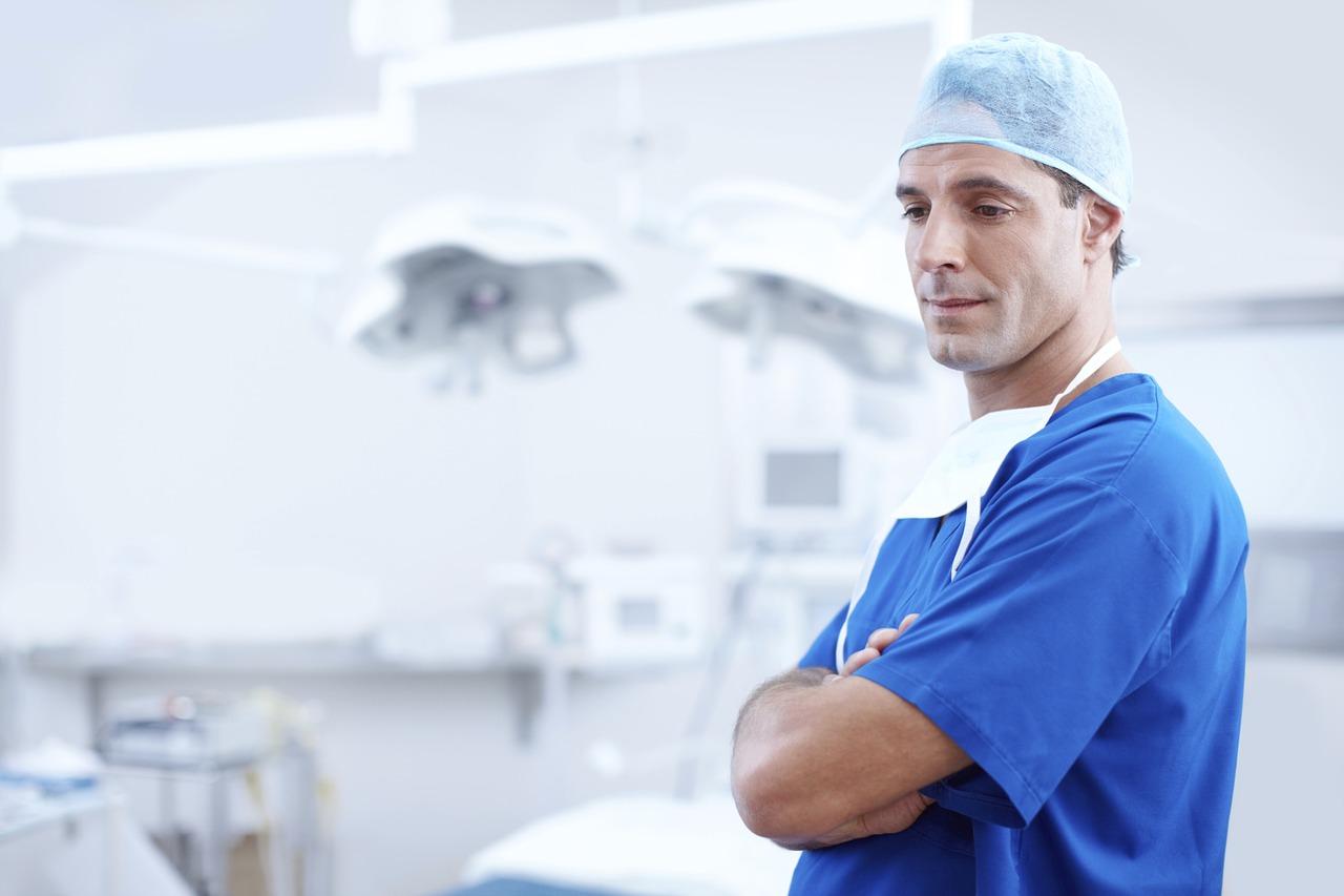 i pro e i contro della chirurgia per perdere peso